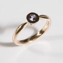 Verlobungsring aus Rotgold mit Fair Trade Tansanit