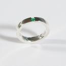 Verlobungsring in Silber mit Smaragd